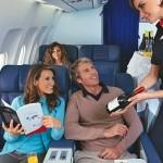 Употребление алкогольных напитков на борту самолета