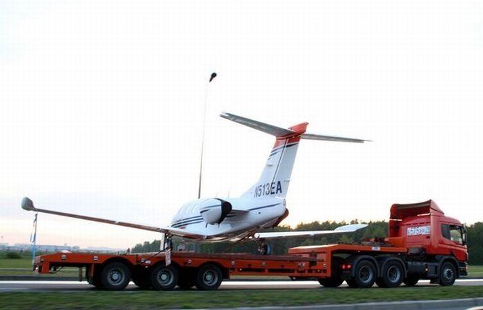 Как перевезти частный самолет в Россию?